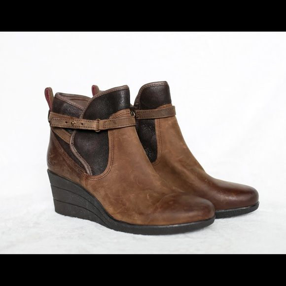f594ebe3cbe Ugg Emalie Waterproof Wedge Boots